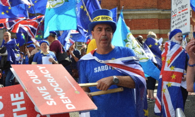 Brexit march against Boris Johnson's coup